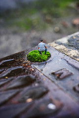 Microscale effect standing - atana studio (Anthony SÉJOURNÉ) Tags: microscale effect standing man street manhole cover art photo project atana studio anthony séjourné