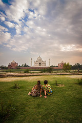 That Evening (Harshal Orawala) Tags: india tajmahal couple architectural masterpiece 121clicks evening light love clouds