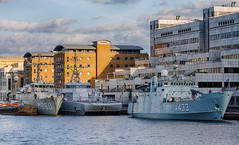 SNMCMG1 April 15th 2017 (4 of 11) (johnlinford) Tags: a433 auxiliary canarywharf docklands emlwambola hnlmsschiedam hnomshinnøy london londondocklands m343 m860 military minesweeper nato navy snmcmg1 ship southquay standingnatominecountermeasuregroup1 vessle