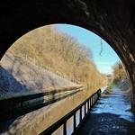 Dompierre sur mer, tunnel du canal Marans - La Rochelle thumbnail