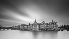 Exposed Castle (frank_w_aus_l) Tags: nordkirchen castle monochrome wideangle sw noiretblanc bw longexposure nikon d800 1424 reflection germany nordrheinwestfalen deutschland de