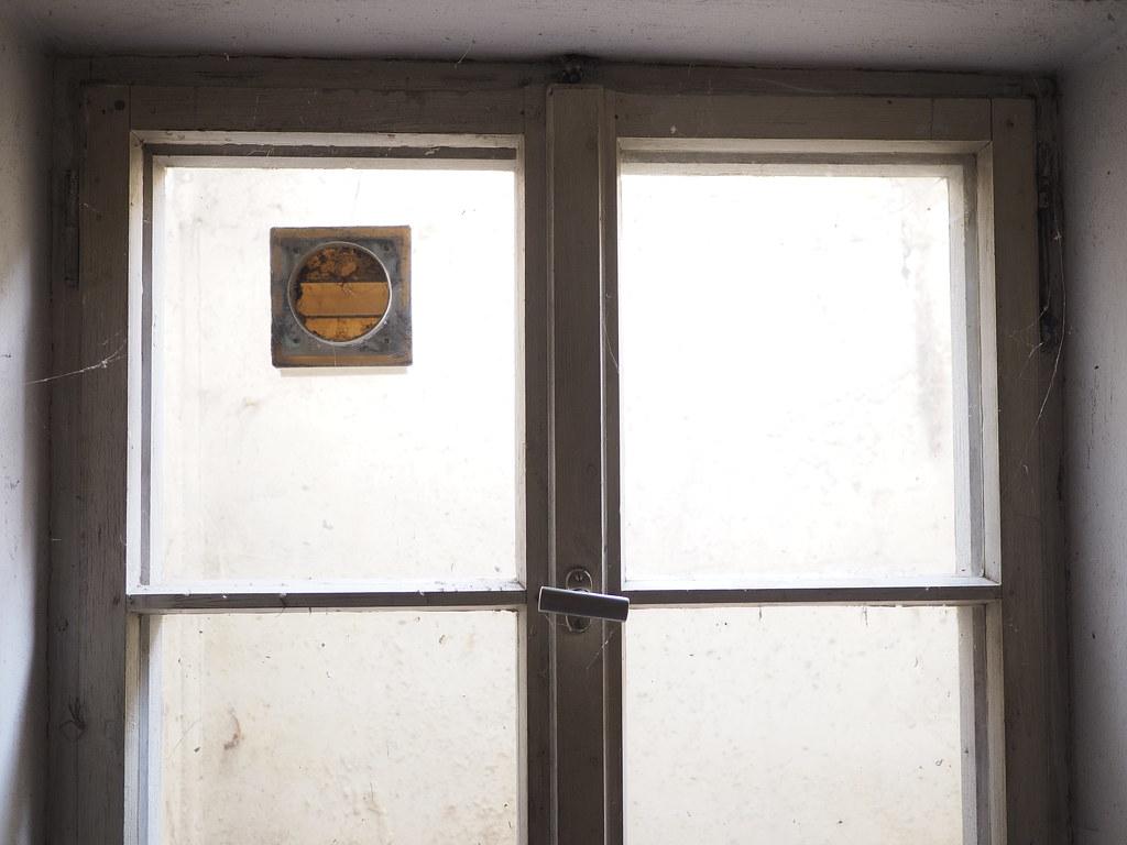 Fenster Kreuzfenster Kreuzstockfenster Kellerfenster U2013 Window (hn.) Tags:  Basement Copyright Copyrighted