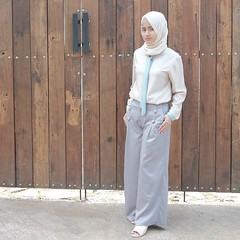 Night Ladies... Here it is, Shae Culottes. Culottes are the new trouser shape you need in your new style. Our New Arrival Item this Week now available to order via line@ : @eclemix . Happy shopping and have a nice saturday night. . ----------------------- (eclemix) Tags: hijab fashion ootd localbrandindonesia localbrand eclemix bandung