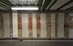 Unterführung, Frankfurt-Höchst 2016 (Spiegelneuronen) Tags: frankfurtammain höchst strasen architektur bahnhof