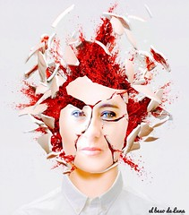 EMPÍRICO/EXPLOSIÓN MENTAL... (BESO LUNA/RESILIENTE PRODUCCIONES) Tags: diseño rojosangre cabeza explosión creatividad fantasía conceptual