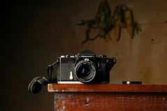 Nikkormat (Studio d'Xavier) Tags: nikkormat stilllife camera strobist