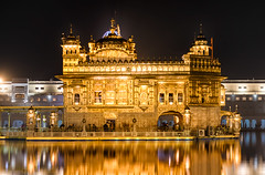 Golden Temple (Ashmalikphotography) Tags: goldentemple goldenfinial cleaner karsewa seva amritsar punjabiyat culture canon nikon travel travelphotography flickrtravelaward