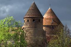 Semur-en-Auxois # 1 (Les 3 couleurs) Tags: bourgogne châteaux castle burgundy semurenauxois auxois côtedor