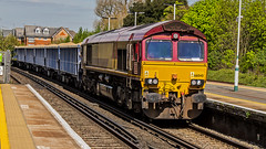 66040 (JOHN BRACE) Tags: 1998 gmemd london canada built co class 66 loco 66040 seen horley db branded english welsh scottish livery passing 1321 loaded sand train from cliffe brett marine crawley foster yeoman running 5 early