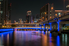 Big city lights II (Vagabundina) Tags: night nightscape landscape cityscape longexposure street lights reflections dark nikon nikond5300 dsrl japan kansai asia osaka river canal water