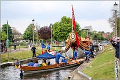 Entering Teddington Lock (Mabacam) Tags: 2017 london teddington richmond ham teddingtonlock river thames riverthames boat glorianna lightermen watermen thameslightermen thameswatermen rowing ceremonial ceremony thetudorpull