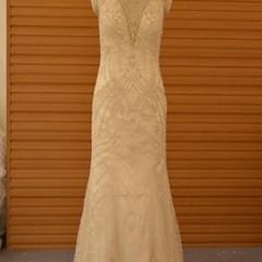 Beaded Vintage Wedding Dresses from Darius Bridal http://buff.ly/2opuXyU  #bridal #bride #dress #weddingdress #bridaldress #vintage #vintagedress #vintageweddingdress #dariuscordell #fashion #beads #v-neck #pretty #designer #fashiondesigner