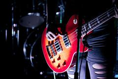 Tilt Band