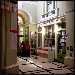 Royal Victoria Arcade (Fotorob) Tags: westmacottwilliam stijl engeland winkel victorian architecture passage isleofwight england architectura architectuur ryde