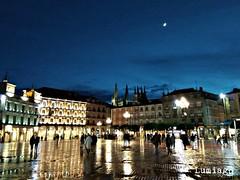 Tarde lluviosa hoy en Burgos (Lumiago) Tags: nocturna plazamayor burgos castillayleón españa spain