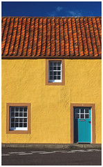 Colourful House, St Monans (Gordon_Farquhar) Tags: anstruther cellardyke trail pittenweem st monans elie fife coast east sunshine spring scotland scottish