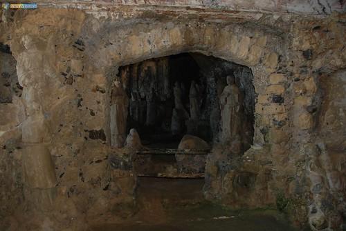 VV-Pizzo Calabro-Interno Chiesa Piedigrotta -  08_L