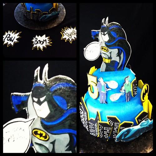 Batman Batmobile Catwoman Riddler Penguin Joker Battcall Pow