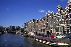 Amsterdam, les canaux (Ytierny) Tags: holland amsterdam horizontal architecture canal nederland berge brique maison paysbas quai grachten navigation excursion visite tourisme bateaumouche hollande ytierny
