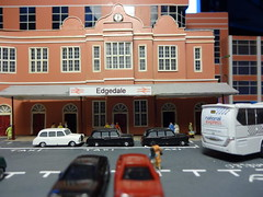 Edgedale Railway Station Frontage. (Man of Yorkshire) Tags: bus cars station train coach model taxi railway taxis plastic british carpark britishrail diorama nationalexpress frontage ngauge nationalrail scratchbuilt 1160 plaxtonelite