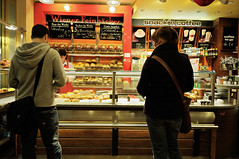 Bakery / Pastry - Berlin - Germany (PascalBo) Tags: people food woman man berlin shop germany nikon europe magasin femme capital indoors capitale allemagne nourriture homme d300 pascalboegli