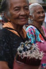 candle dance ladies (puuuuuuuuce) Tags: dance candles philippines cebu sinulog santoninobasilica