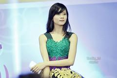Noella Sisterina (Taufiq Iskandar) Tags: girl beautiful canon photography stage idol kawaii gen2 gen1 gen3 teamk teamj 60d jkt48 idolgrup teamk3