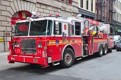 FDNY Tower Ladder 1 (Triborough) Tags: nyc newyorkcity ny newyork tower manhattan firetruck fireengine ladder fdny lowermanhattan civiccenter seagrave newyorkcounty towerladder newyorkcityfiredepartment ladder1 towerladder1