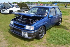 1991 Vauxhall Nova SR – J600 ALC (Paul D Cheetham) Tags: show santa nova june drag four pod gm head over performance august 2nd strip valve 1991 20 straight 9th sr opel litre vauxhall raceway alc ohv 2013 1998cc j600 overheadvalve straightfour 962013 j600alc