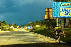 IMG_7202 (Bebeto Herrera) Tags: paisaje vistabonita cieloazul poptún petén beautiful clear sky loveliness