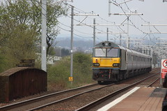92023 trails away from mount Vernon (trainferrystuff) Tags: railway trains scotland 5s26 class 92 92023 caledonian sleeper gbrf mount vernon