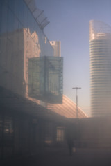def silhouette 16  (1 sur 1) (west elsa) Tags: défense silhouette urbain street canon