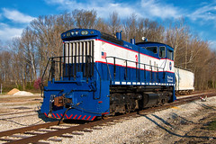 Little Lady (Wheelnrail) Tags: csx csxt indiana sub madison railroad signal semaphore north vernon in freight ge baldwin locomotive cpl town diamond bo mainline train