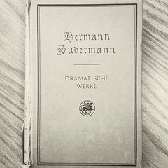Hermann Sudermann - Dramatische Werke (Courter & Company) Tags: german deutsche type font typography blackletter paper print cover book booklove design graphicdesign courter courterandco simple simplicity ink vintage