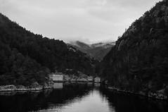 Dark waters (daniel.gogberg) Tags: water vatten fjord norway norge sony sonyrx100 rx rx100 rx100mk3 bw blackwhite blackandwhite silverefexpro niksoftware