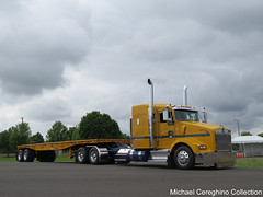 Farwest Steel Kenworth T-800 (Michael Cereghino (Avsfan118)) Tags: aths kenworth kw t800 t 800 sleeper flatbed american historical truck society 2016 salem or oregon national convention show trucking farwest steel semi