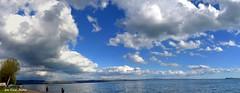 passeggiando lungo la spiaggia di Grotte di Castro sul lago di Bolsena. (oscar.martini_51) Tags: lago bolsena isola bisentina nuvole grotte di castro spiaggia natura