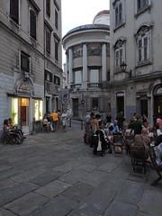 Trieste_130_1240 (Paolo Chiaromonte) Tags: olympus omdem5markii micro43 paolochiaromonte mzuikodigitaled1240mm128pro trieste friuliveneziagiulia italia travel people streetphotography italy