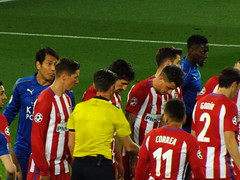 Leicester free kick (lcfcian1) Tags: leicester city atletico madrid lcfc atleti uefa champions league football sport uk england kingpowerstadium king power stadium leicestercity atleticomadrid leicestercitystadium uefachampionsleague championsleague footballmatch leonardoulloa fernandotorres diegogodin angelcorrea 11 18417 quarter final