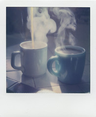 Good Morning! (LeandroF) Tags: polaroidslr680 polaroid slr680 roidweek polaroidweekspring2017 analogue instant film coffee frenchpress pour morning steam blackgold groundworkcoffee impossibleproject color600