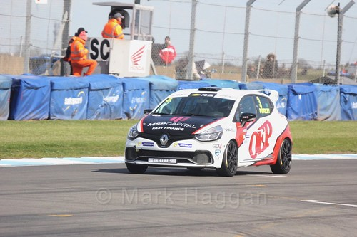 Ollie Pidgley in Clio Cup qualifying during the BTCC Weekend at Donington Park 2017: Saturday, 15th April