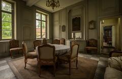 DSC_4170-HDR (Foto-Runner) Tags: urbex lost decay abandonné château castel dingue fou crazy passions haine