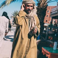 In Thought (toletoletole (www.levold.de/photosphere)) Tags: fujixt2 marokko zagora morocco porträt passersby man passant portrait mann street