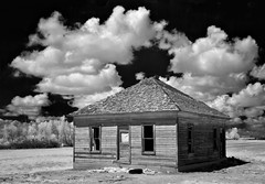the square house - Infrared (eDDie_TK) Tags: colorado co weldcountyco meadco plattevilleco abandoned infrared ir clouds sky homesteads kithomes