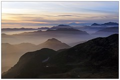 Tramonto invernale (Giampi Ph Montagna) Tags: orobie sunset winter prealpi montagna landscape evening italy mist foschia rosa cervino