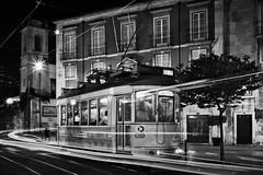 Eternal Tram (Cornelli2010) Tags: carreira28edoseléctricosdelisboa bw blackandwhite carreira28e historic historisch langzeitbelichtung lights lisboa lisbon lissabon longexposure nachtaufnahme night nightshot portugal sw schwarzweis strasenbahn technik technique traffic tram verkehr nostalgie nostalgia