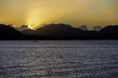 Rays of the Sunset (Bernai Velarde-Light Seeker) Tags: sunset mountains rays atardecer ocaso rayos montanas mar sea ocean oceano boat bote bernai velarde travel landscape centralamerica centroamerica
