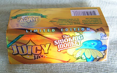 Juicy Jay's The Smoking Monkey small (The_Jolly_Roller) Tags: leaves vintage paper leaf juicy skins flavor skin chocolate cigarette smoke wrap smoking collection novelty papers zen thc roll packet supplies jays smoker wraps tobacco collect zigzag premium cannabis rolling joint rizla collector supreme hemp rollup flavour flavoured flavored packets ocb baccy paraphernalia skinup hbi skinz