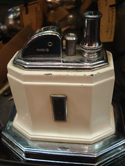 "RONSON ART DECO TOUCH-TIP LIGHTER • <a style=""font-size:0.8em;"" href=""http://www.flickr.com/photos/51721355@N02/9629257715/"" target=""_blank"">View on Flickr</a>"