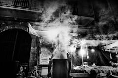 l'uomo delle castagne (Andrea Scire') Tags: street night photography strada andrea notte cultura sagra fumo mostarda castagne militello scirè andreascire andreascirè ©phandreascire